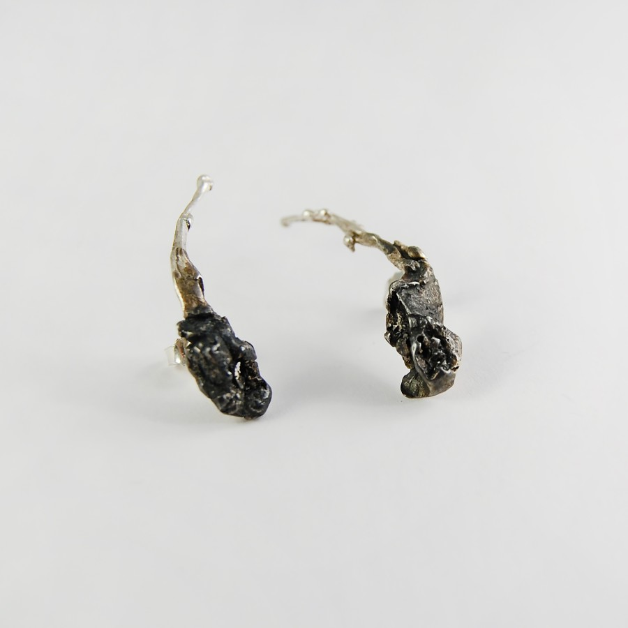 Climbing bindweed earrings