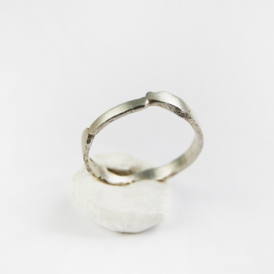 Flat silver ring
